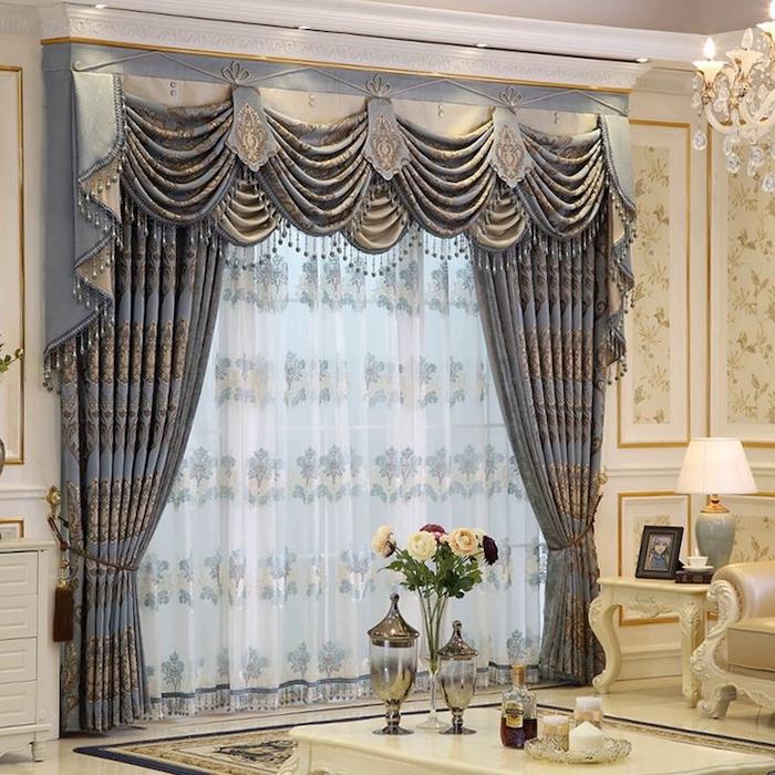 Элитные шторы с ламбрекеном для гостиной