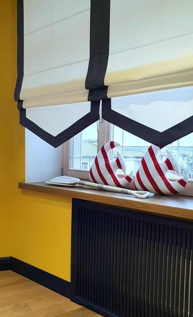 заказать римскую штору для кухни в москве