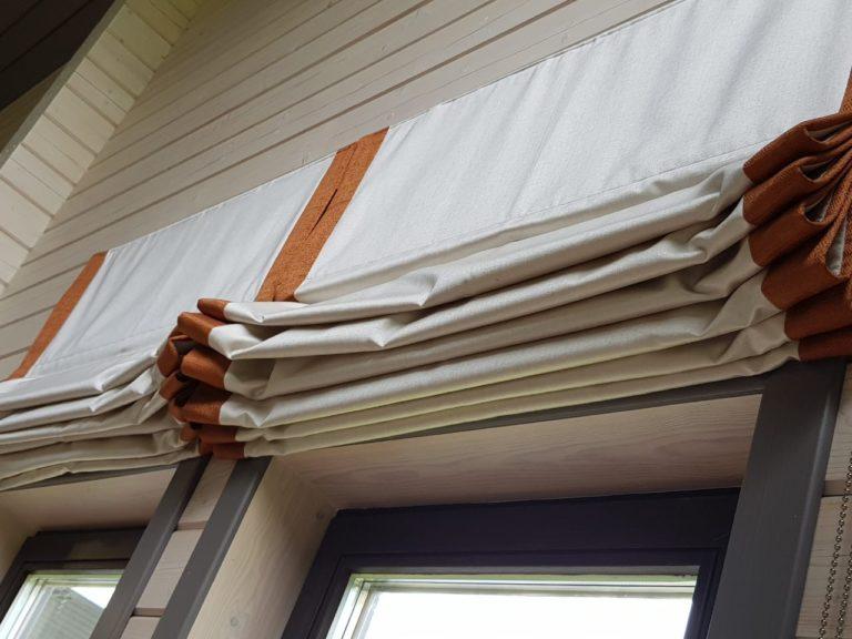 красивые римские шторы для загородного дома
