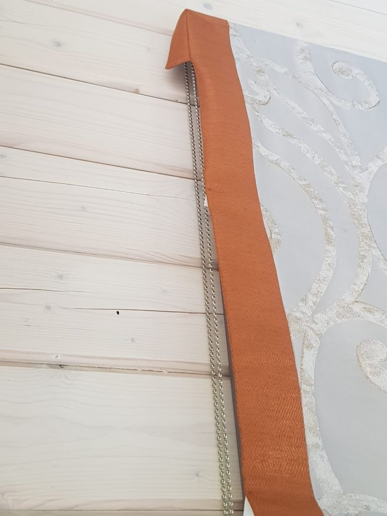 римская штора для загородного дома