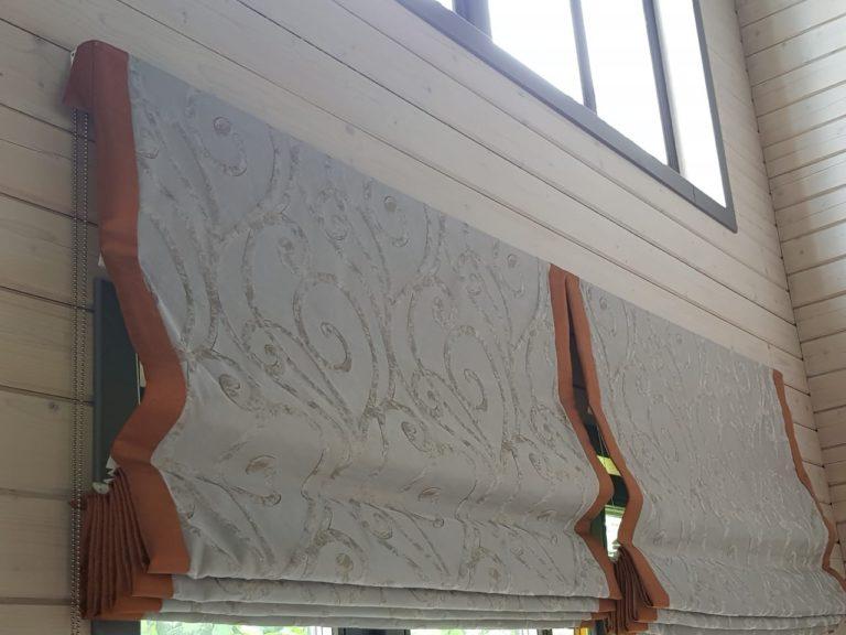 пишили красивые римские шторы